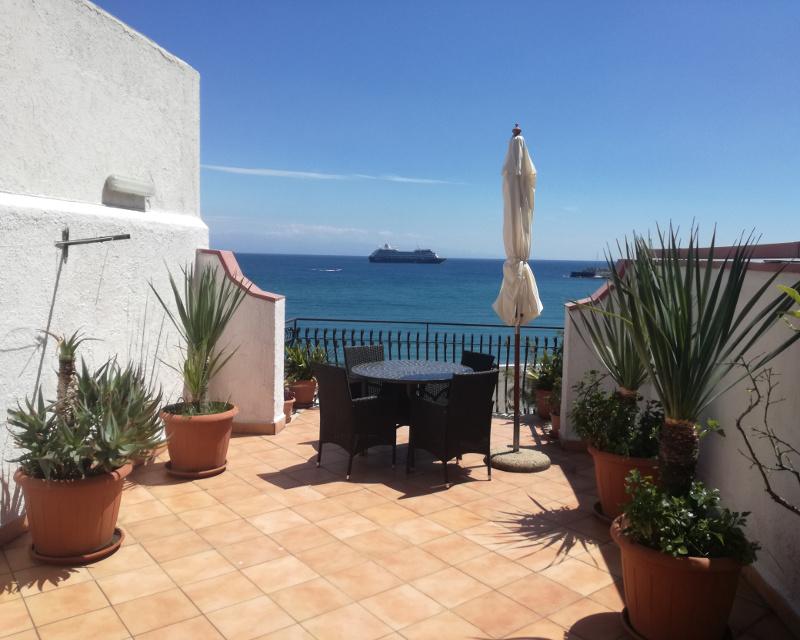 Casa vacanza orama 2 7 posti letto a giardini naxos - Casa vacanze giardini naxos ...